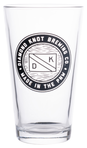 Diamond Knot Straight Edge Pint Glass