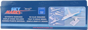 Alaska Airlines Model 1/130 scale Skymarks 737-900 More to Love
