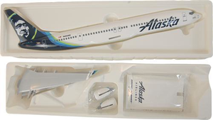 Alaska Airlines Model 1/130 scale Skymarks 737-900 Standard livery