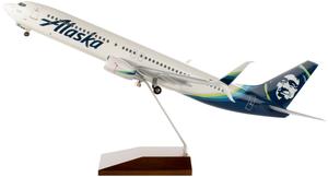 Alaska Airlines Model 1/100 scale Skymarks Supreme 737-900 Standard Livery