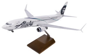 Alaska Airlines Model 1/100 scale Skymarks Supreme 737-800 Employee Powered