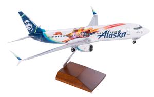 Alaska Airlines Model 1/100 scale Skymarks Supreme 737-800 Captain Marvel