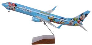 Alaska Airlines Model 1/100 scale Skymark Supreme 737-900 Disney